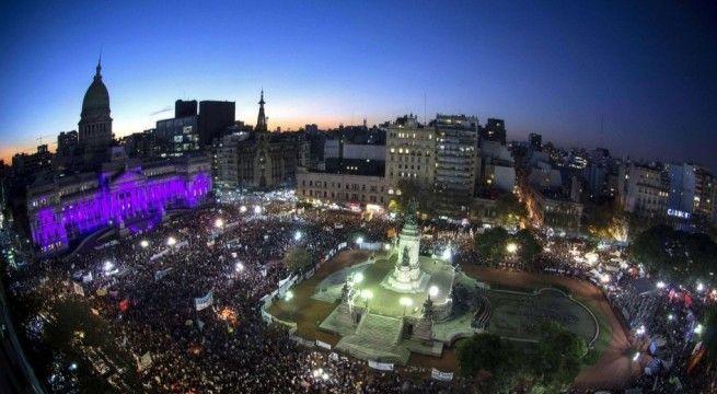 unas-200-000-personas-participaron-ayer-de-la-marcha-ni-una-menos-_945_573_1238566