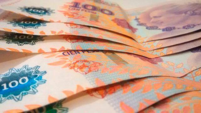 pesos-argentinos-evita