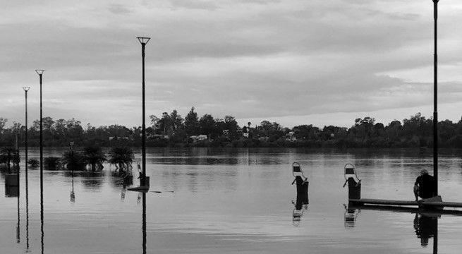 río inundado costanera