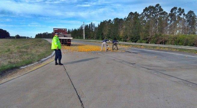 accidente camion naranjas