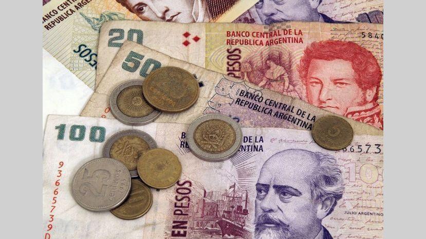 pesos dinero plata